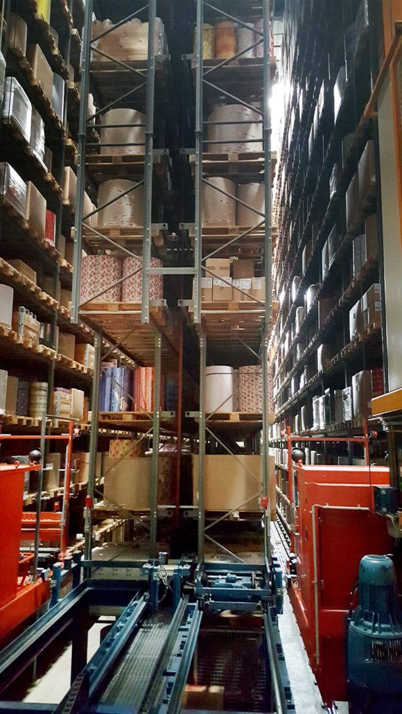 Materialflussleitsystem im Hochlager